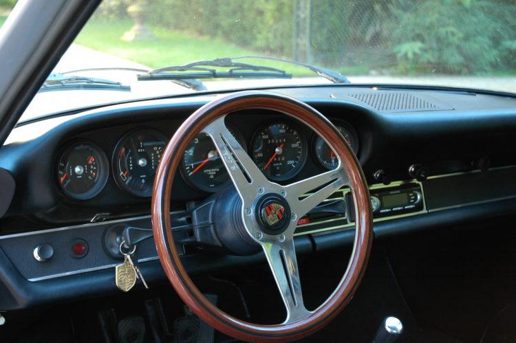 Porsche 2.4E 1972 - Restauration tableau de bord