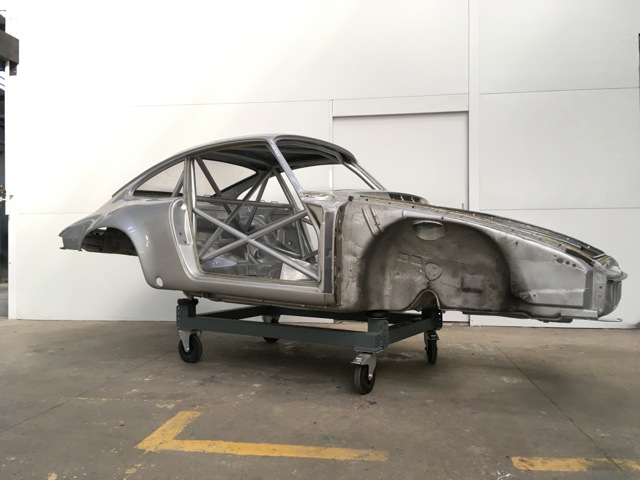 Porsche Carrera 2.7 «25 Jahre» - Restauration carrosserie