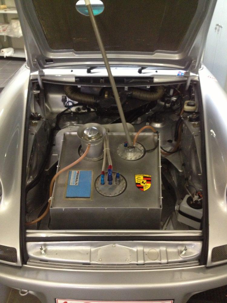 Porsche Carrera 2.7 «25 Jahre» - Réservoir
